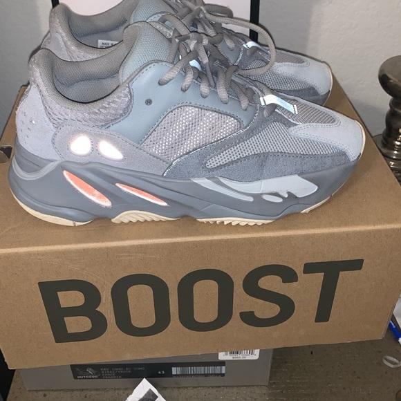 Yeezy Shoes | Authentic Yeezy 70